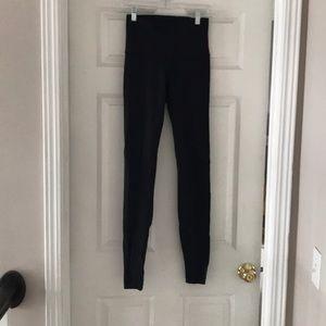 Black high rise lulu lemon under wunder leggings